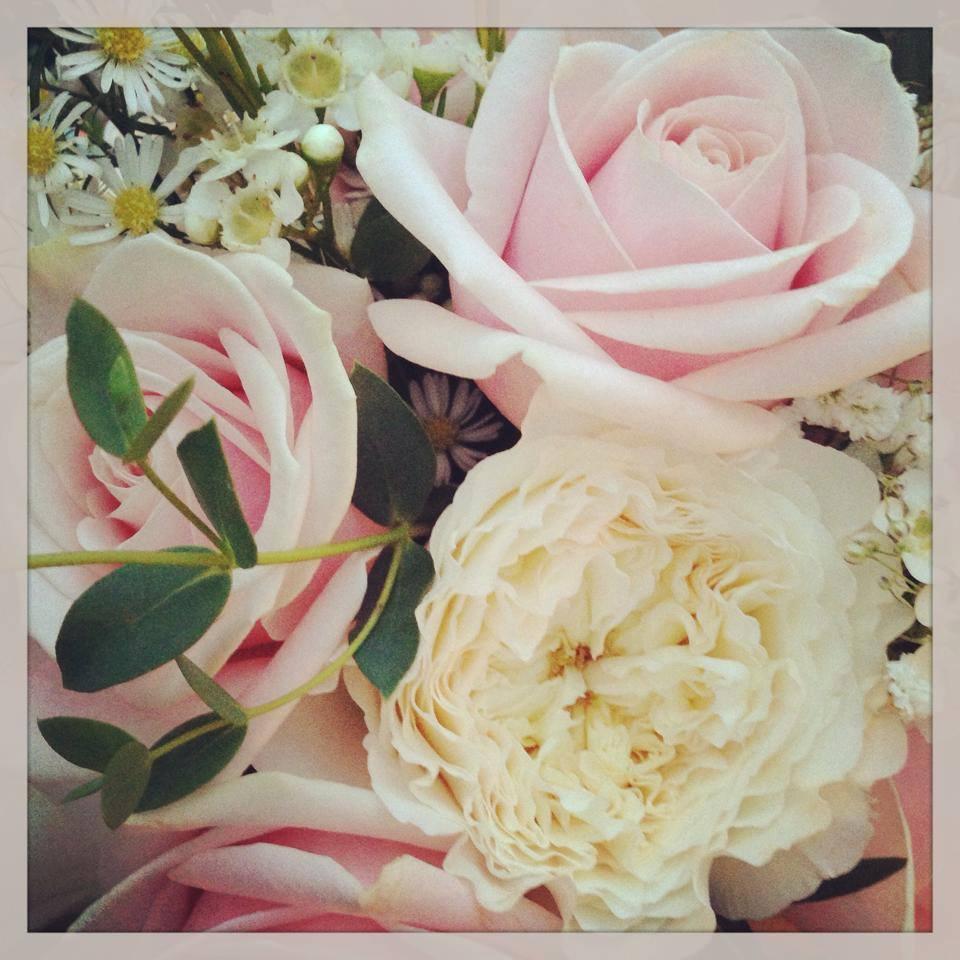 logo-flowers.jpg