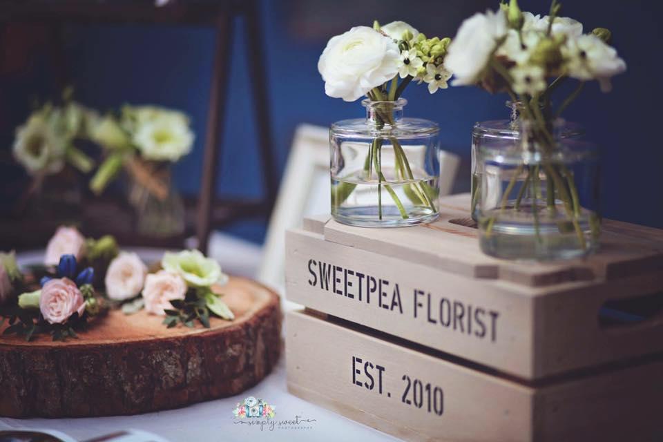 Sweetpea box and log round