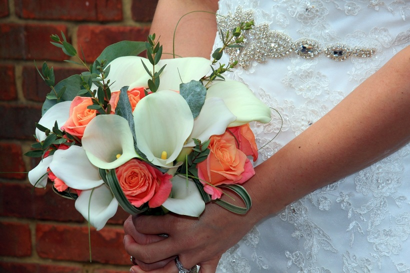 Brides-Bouquet-Calla-and-Coral-Rose.jpg