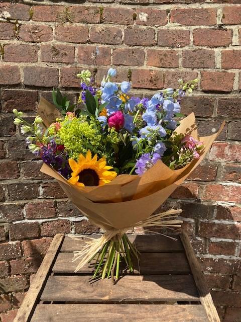 Summer Bright Bouquet
