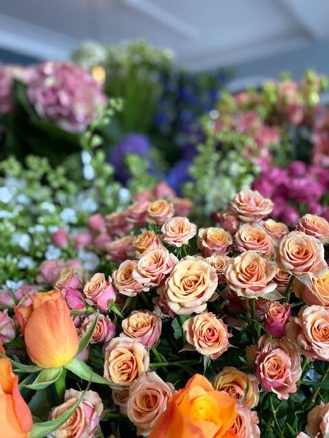 Your-Choice-Selection-Spray-Roses.jpg